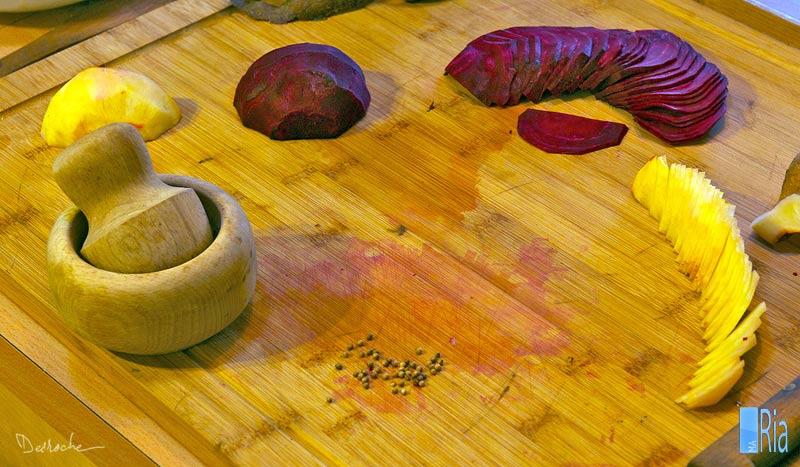 Emincé de betteraves rouge et jaune à la coriandre